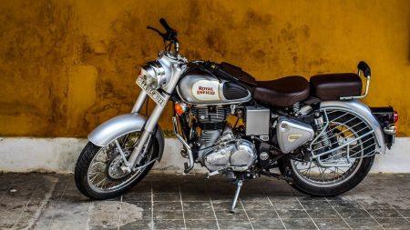 Quels sont les prix pour les pièces détachées destinées à une moto ?